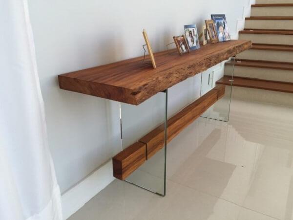 Artesanato em madeira para sala