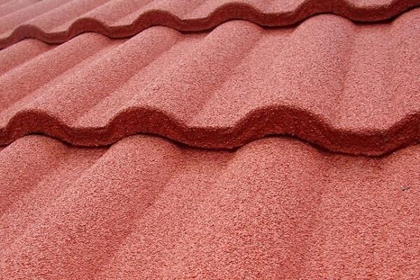 Tipos de telhas formada com estrutura gravilhada