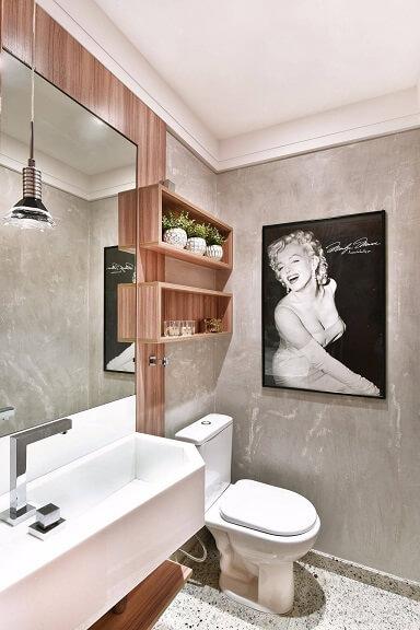 Decoração de banheiro com nicho de madeira Projeto de Tetriz Arquitetura