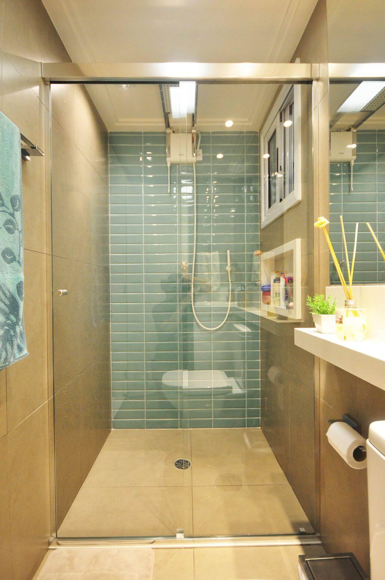 Decoração de banheiro com nicho dentro do box Projeto de Condecorar