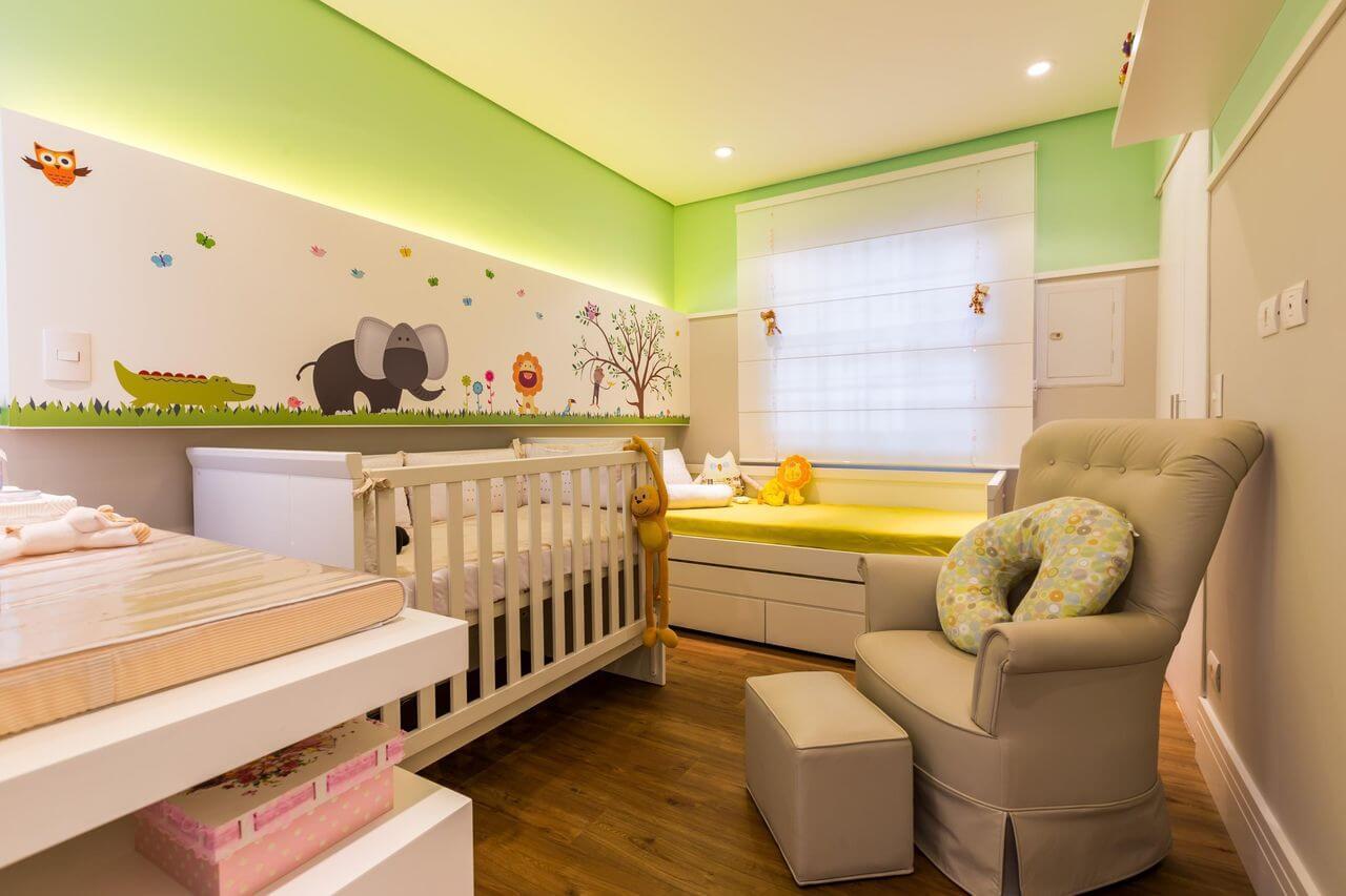 Decoração de quarto de bebê com tema de natureza Projeto de By Arquitetura