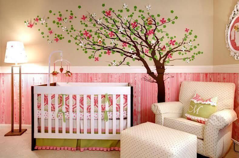 Decoração de quarto de bebê em rosa e verde Projeto de Revista VD