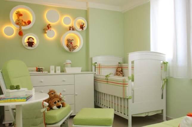 Decoração de quarto de bebê em verde claro Projeto de Graziela