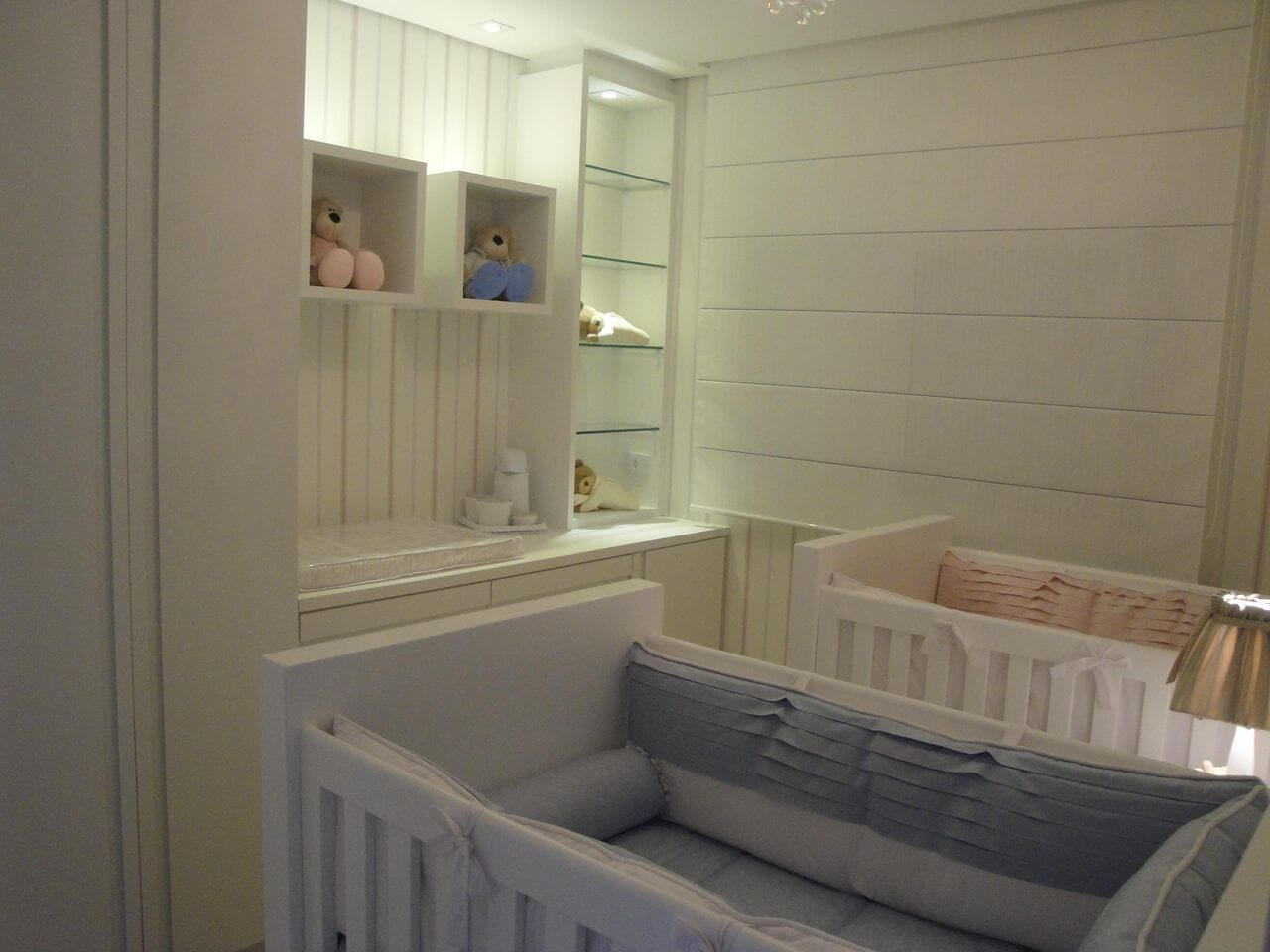 Decoração de quarto de bebê neutra para bebês homem e mulher Projeto de Leiza Veiga