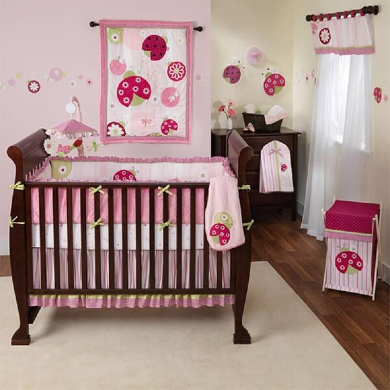 Decoração de quarto de bebê pink