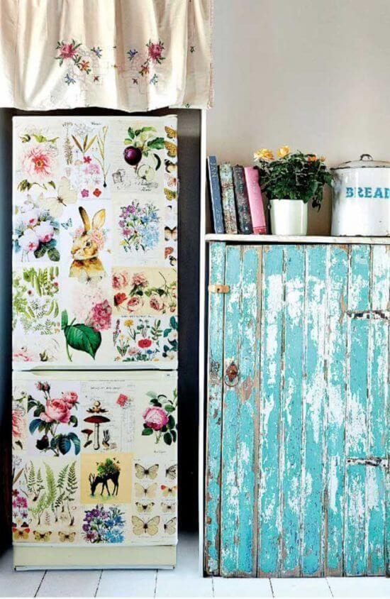 O envelopamento floral trouxe um toque especial para a geladeira inverse. Fonte: Pinterest