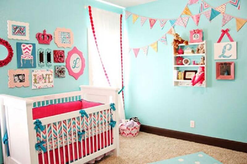 decoração de quarto de bebê azul para menina