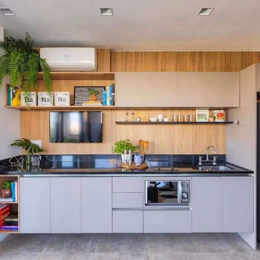 decoração moderna com prateleira para cozinha pequena planejada Foto DOOB Arquitetura