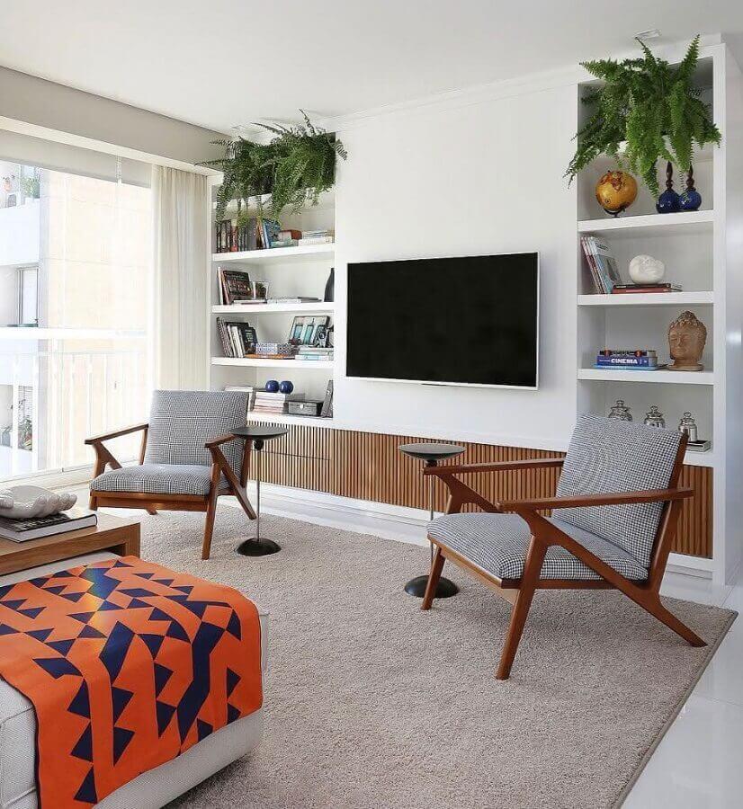 decoração moderna com tapete cinza para sala de estar Foto Inter Construtora