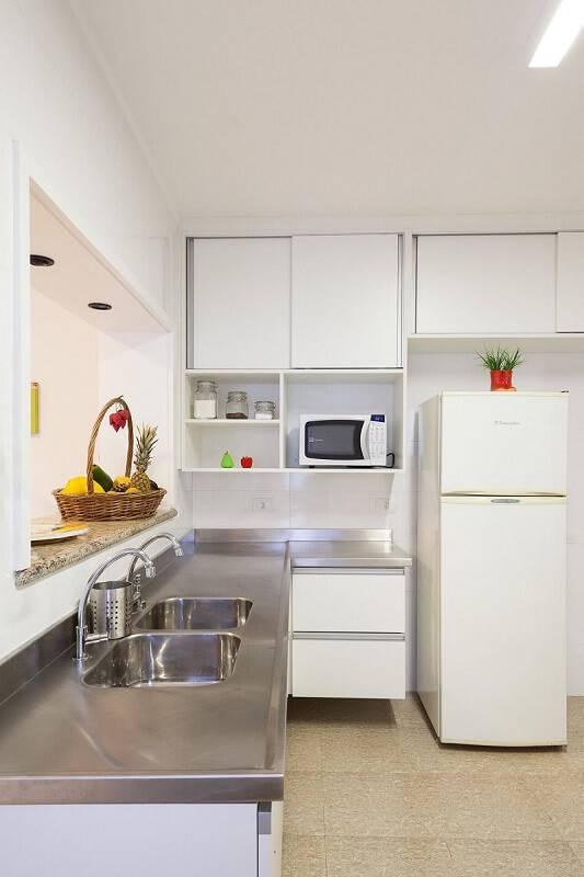 prateleira para cozinha em ambiente planejado projeto Adell e Porto