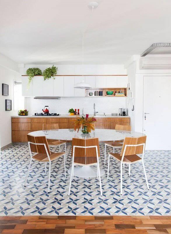 prateleira para cozinha como nicho projeto de INÁ Arquitetura
