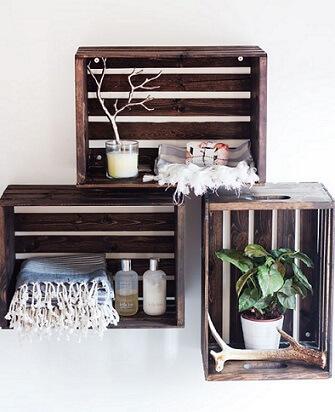 Caixote de madeira como nicho
