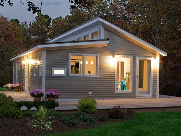 Casas pequenas de madeira