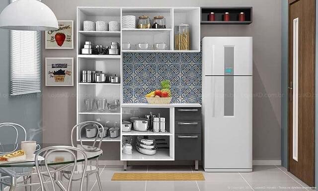 Cozinha modulada com armário branco sem portas Projeto de Lojas KD