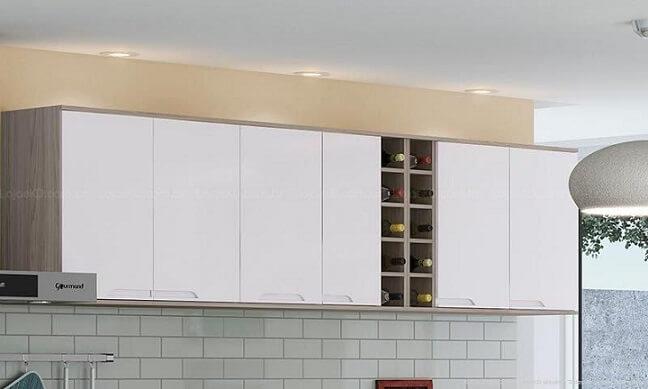Cozinha modulada com nicho garrafeiro Projeto de Lojas KD