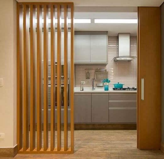 Cozinha pequena planejada Projeto de Madi Arquitetura