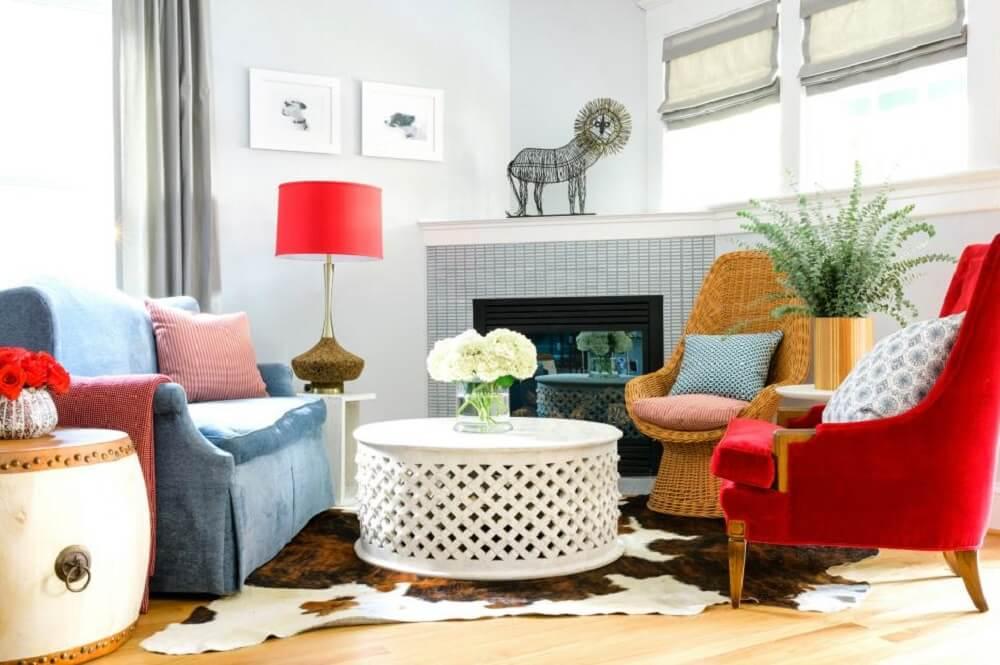 Poltronas coloridas para sala