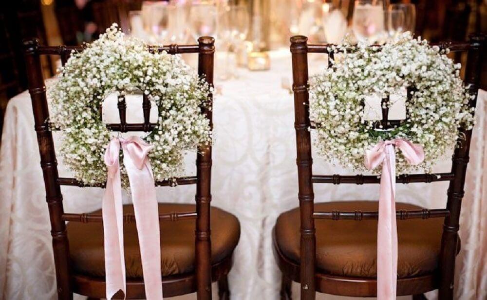 Decoração de cadeiras para casamento