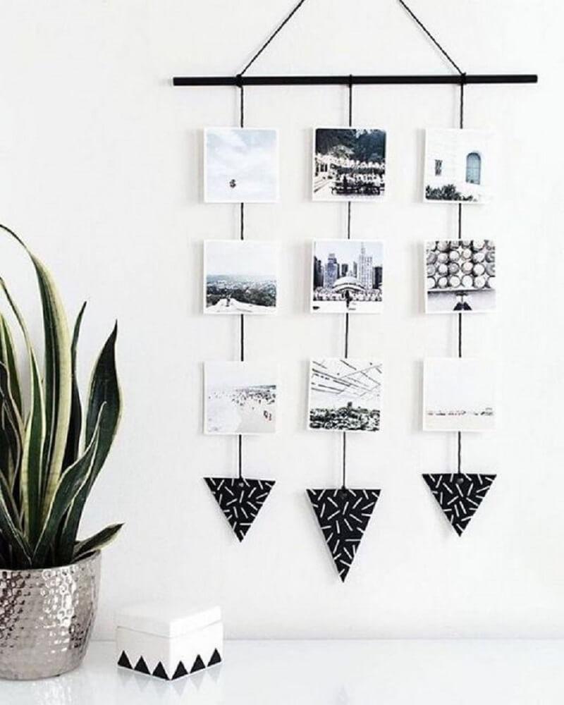 1.Mural de fotos em tons neutros para decorar seu quarto tumblr.