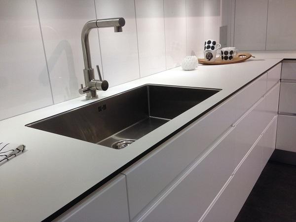 Pia de resina para o ambiente de cozinha