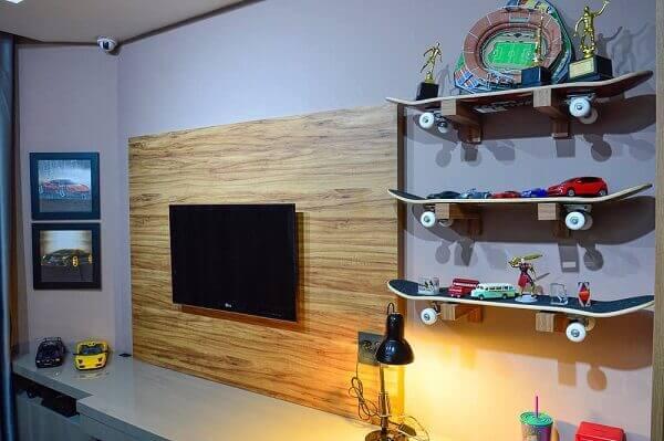 Prateleiras para quarto feitas com skate