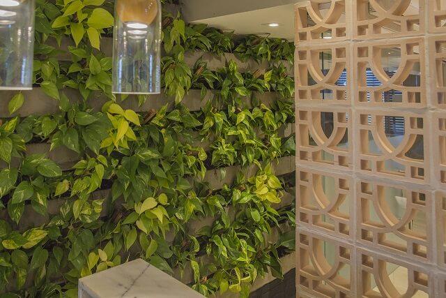 Projetos de casas com cobogó para integrar ambientes Projeto de Galpão Design