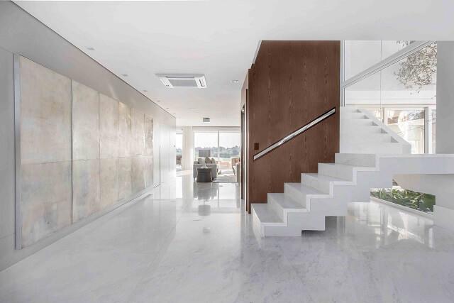Projetos de casas modernas com linhas retas e cores claras Projeto de Lidia Maciel