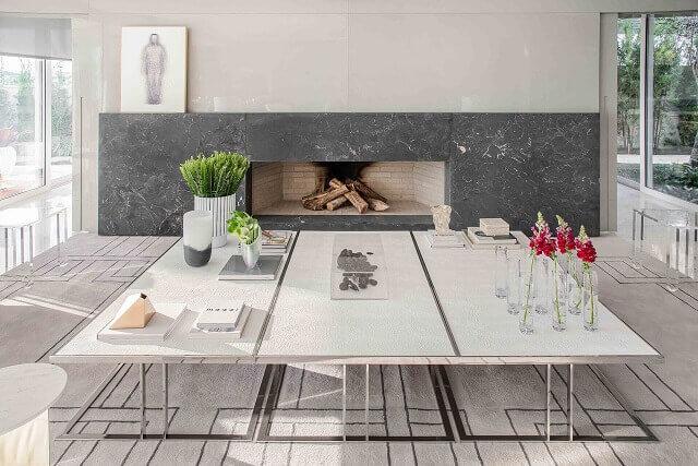 Projetos de casas modernas com tons de branco, cinza e preto e linhas retas Projeto de Lidia Maciel