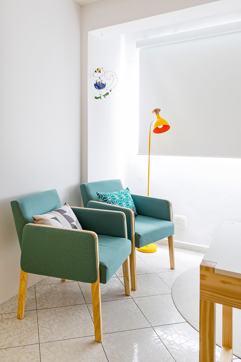 decoracao-consultorio-com-poltrona-verde-julianaconforto-133947