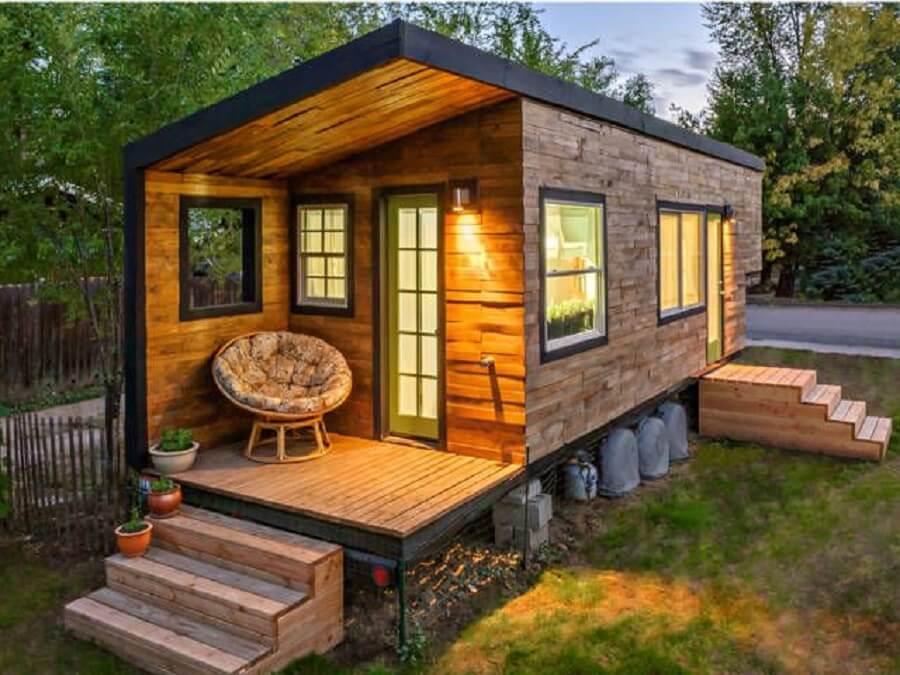 fachadas de casas pequenas feita com madeira