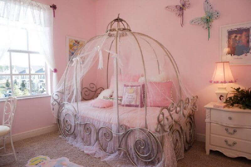 quarto das princesas com mosqueteiro