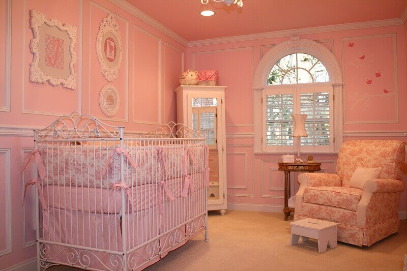 quarto de bebê de princesa cor de rosa