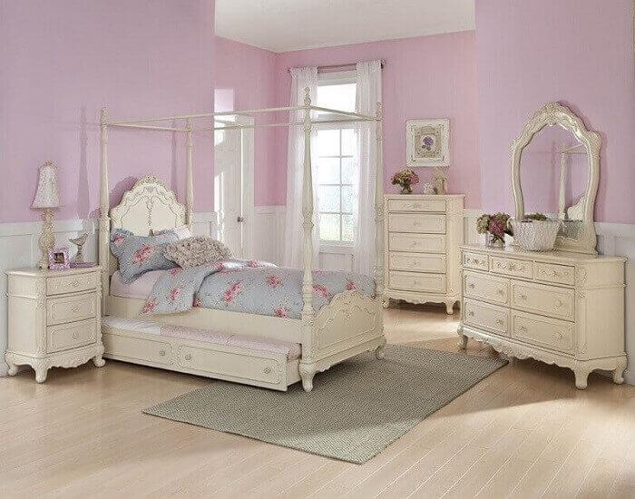 quarto de princesa com estampa delicada