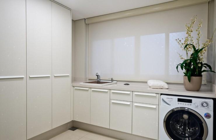 Área de serviço com cortina Projeto de Archdesign