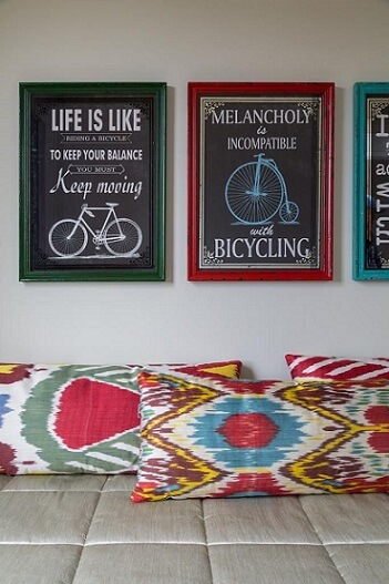 Almofadas decorativas coloridas Projeto de Ana Yoshida