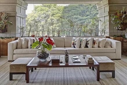 Almofadas decorativas com estampas de aves Projeto de Ana Luisa Previde