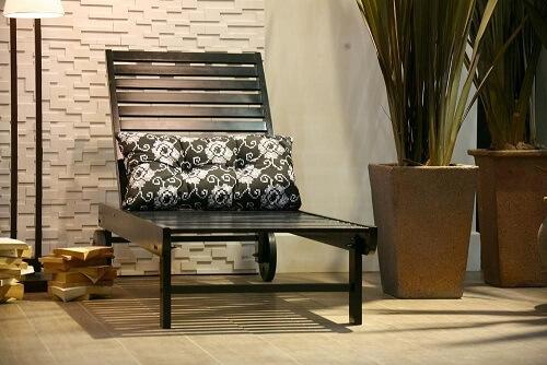 Almofadas decorativas preto e brancas Projeto de Expo Revestir