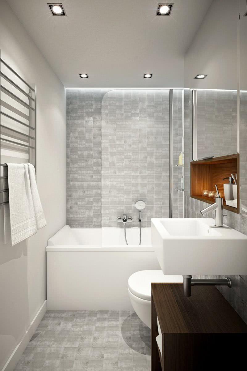 Banheiro com banheira branca e chuveiro
