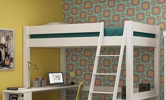 Cama suspensa com escada e escrivaninha Projeto de Lojas KD