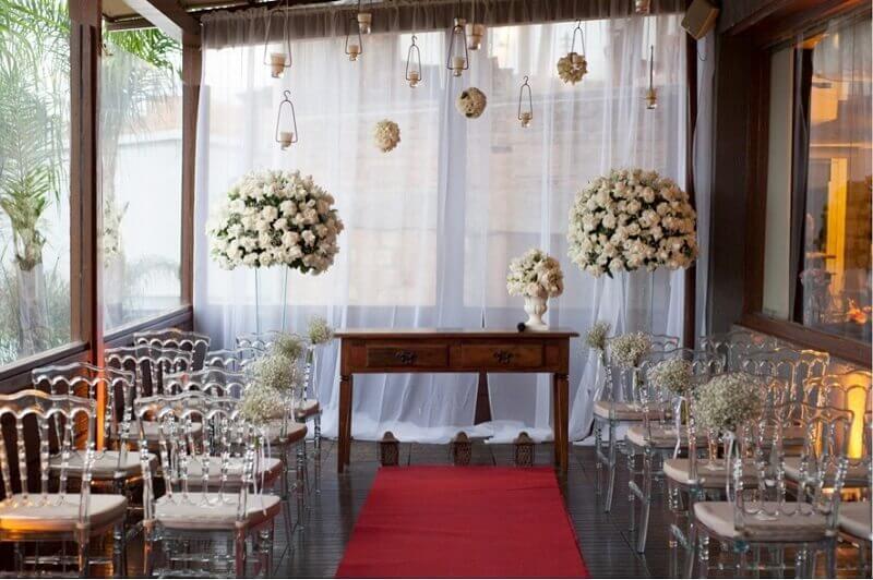 Linda decoração de casamento simples em casa