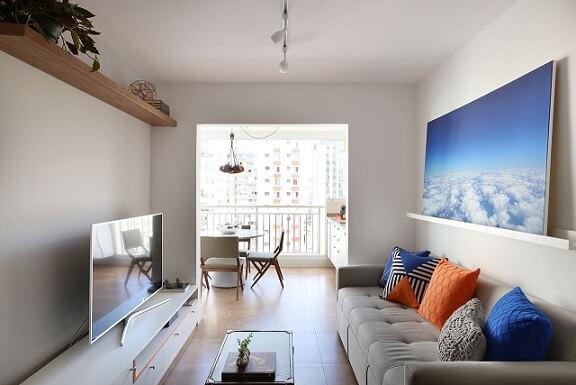 Combinação de cores azul e laranja Projeto de Antonio Armando de Araujo