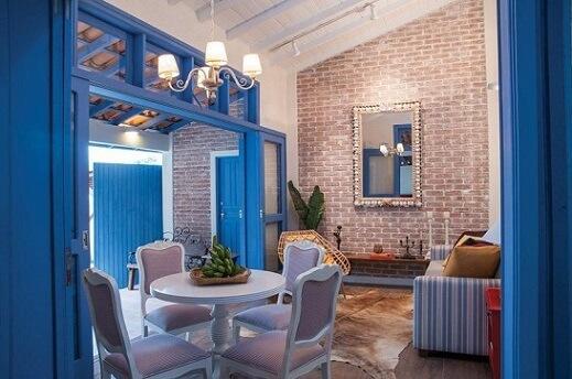 Combinação de cores com azul e roxo Projeto de Rico Mendonça
