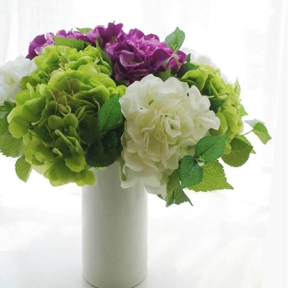 Como fazer arranjo de flores artificiais
