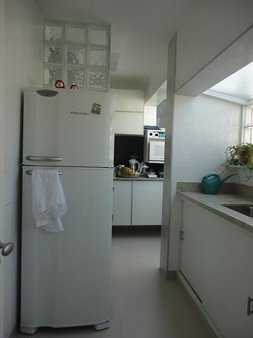 Como limpar geladeira branca Projeto de Maria Helena Torres