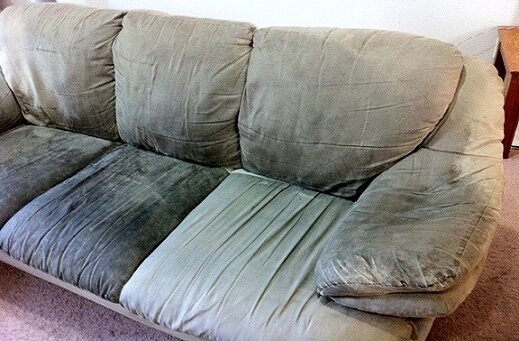 how to clean a dusty couch