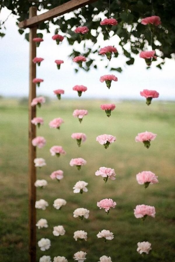 Flower curtain for simple wedding decoration