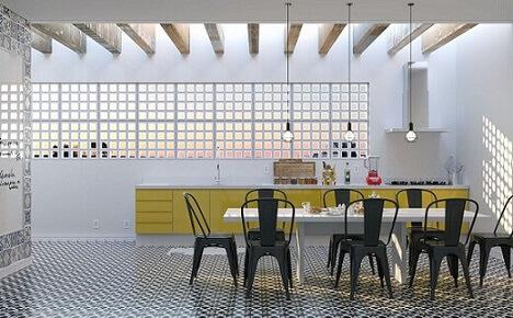 Cozinha planejada com cobogós no lugar de janelas Projeto de Daniel Oliveira