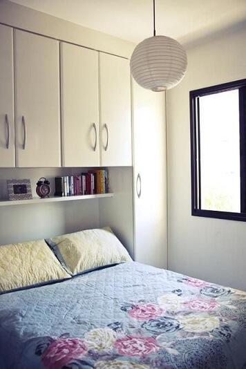 Decoração de apartamento pequeno com armários planejados Projeto de Casa Aberta