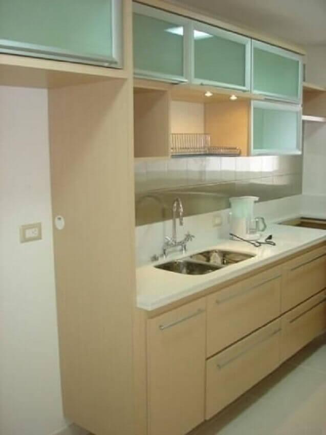 Decoração de apartamento pequeno com cozinha planejada