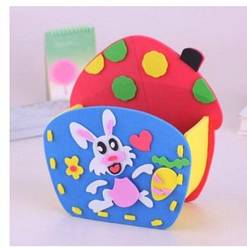 Decoração de páscoa com cestinha de coelho